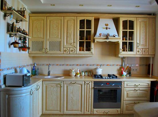 Кухни из массива фото-8