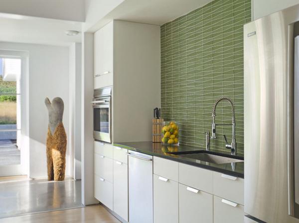 Кухня в коридоре фото-14