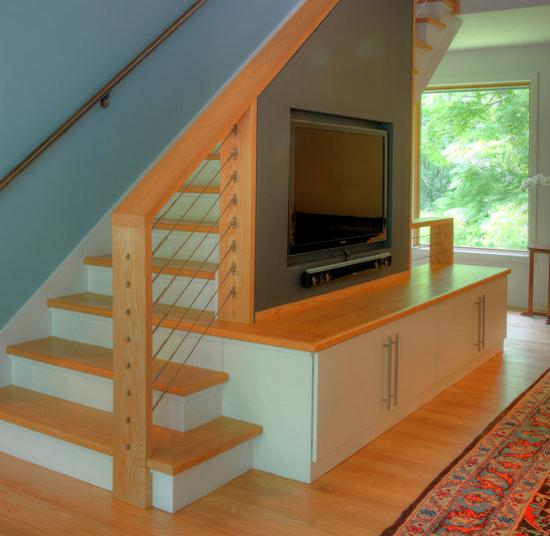 Шкаф под лестницей в гостиной