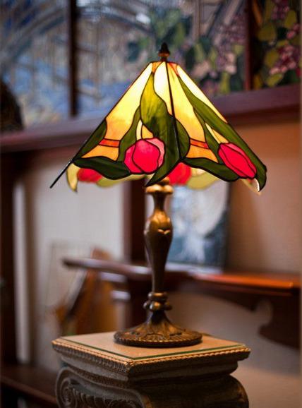 svetilnik-v-interere-foto