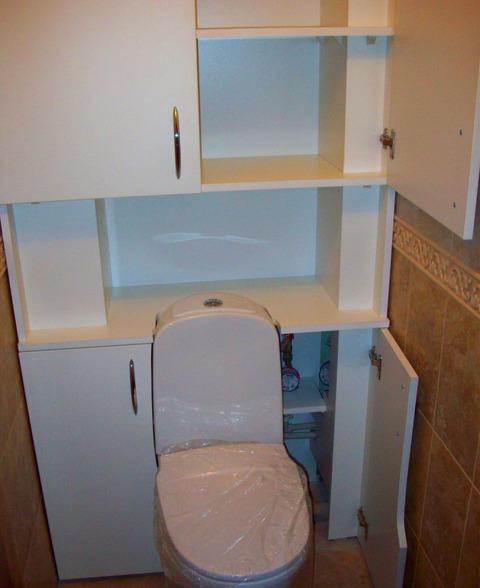 shkaf-v-tualete-foto