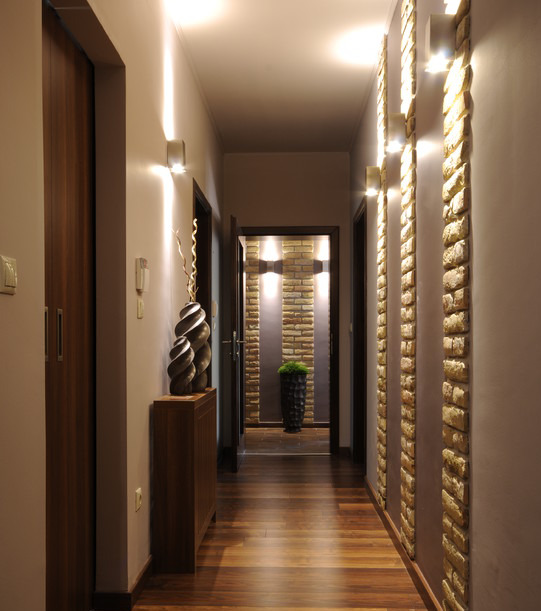 dizayn-malenkogo-koridora-foto-17