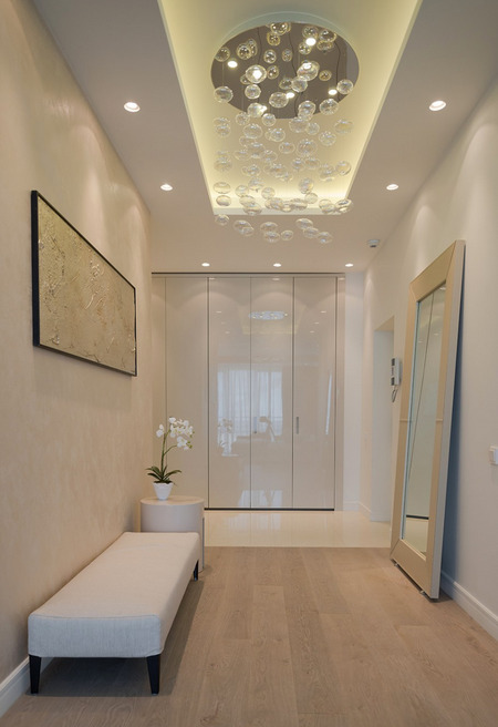 dizayn-malenkogo-koridora-foto-7