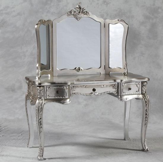 tualetniy-stolik-foto-11
