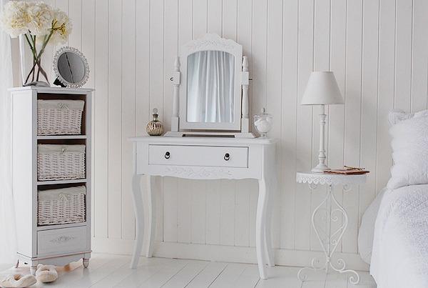 tualetniy-stolik-foto-4